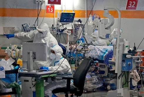 Sala de coronavirus en el Centro Médico Sheba de la ciudad de Ramat Gan.
