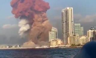 Explosión en el puerto de Beirut.