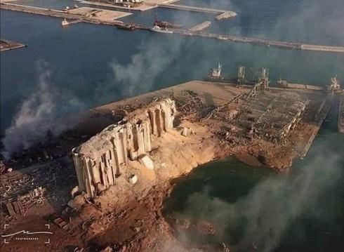 Las explosión se produjo en el puerto y la onda expansiva destruyó varias ventanas a kilómetros de distancia.
