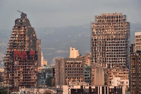 Varios edificios quedaron sin ventanas.