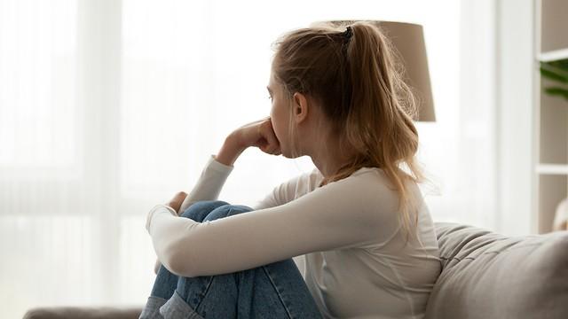 Una persona en pareja se puede sentir mas sola que una soltera.