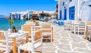 Toda la belleza turística de la isla de Mykonos, en Grecia.