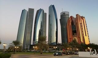 La moderna capital emiratí, Abu Dabi.