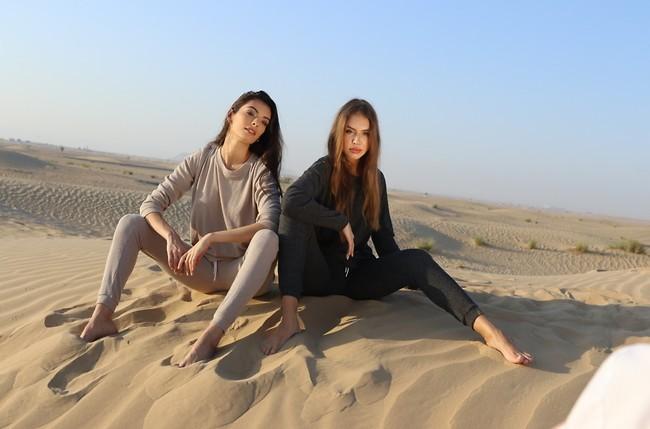 Mai Tamar y la modelo local Anastasia Benderanka.