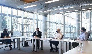 Un momento de la reunión entre Ariel Gelblung y los funcionarios del gobierno porteño.