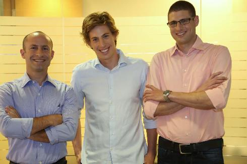 Barak Gur, Boaz Aviv y Gal Aviv, los tres fundadores de Blender. (Foto: Picasa).