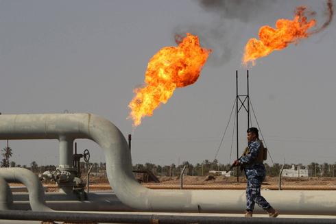 Plataforma petrolera en Irak que espera de una inversión para ser rehabilitada.