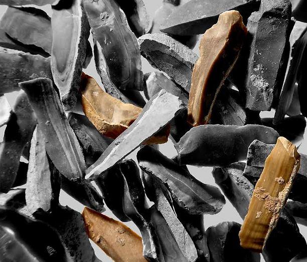 Las hojas de cuchillo encontradas en la cueva.