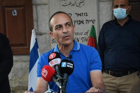 """""""Quiero ver a Israel debajo del 5% de pruebas positivas"""", afirmó el profesor Gamzu durante el anuncio."""