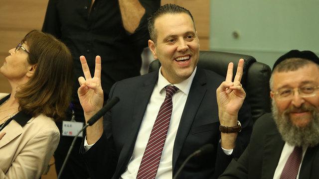 Miki Zohar, parlamentario del Likud y presidente de la coalición.