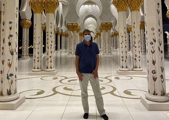 Michael Eisenberg durante su reciente visita a Abu Dhabi.