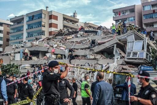 O tremor, que foi sentido em Istambul e Atenas, ocorreu no Mar Egeu.