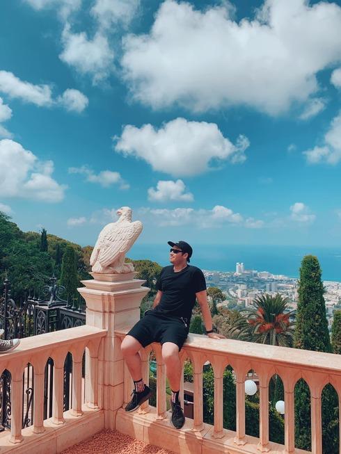 Troy Bronson en Haifa, Israel.