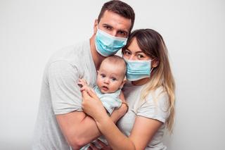 La vacuna está cerca, pero eso no significa que la vida volverá a la normalidad pronto.