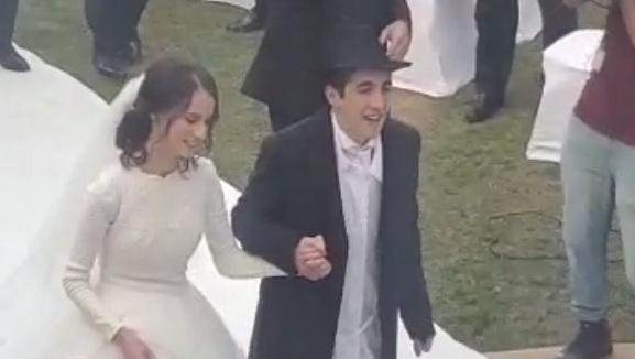 Él, de Mónaco, ella, de Israel, se casan en Dubai.