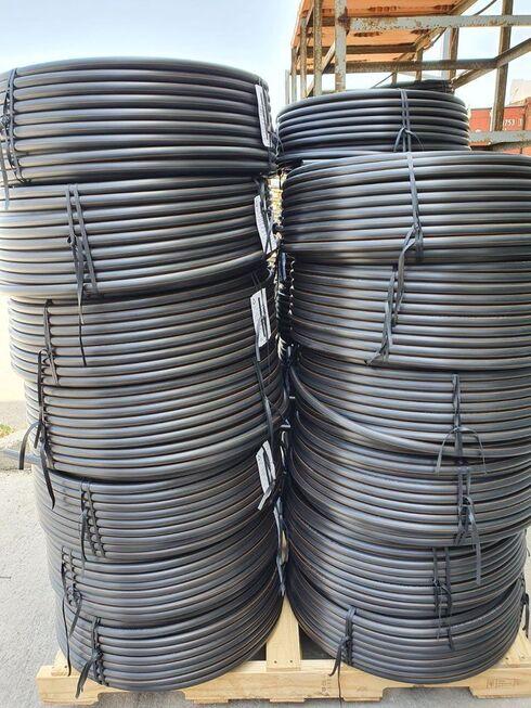 Cables hechos con envases de plástico reciclados.