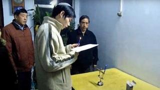 Judíos de Kaifeng encienden las velas de Janucá.