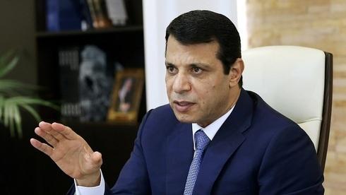 Mohammad Dahlan en su oficina en los Emiratos Árabes Unidos el año pasado.