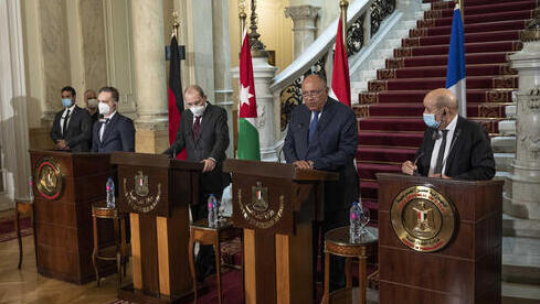 Los ministros de Relaciones Exteriores de Alemania, Francia, Jordania y Egipto se reunieron en el Cairo.