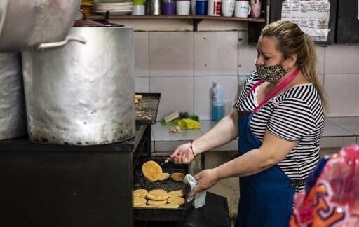 Un 20% de los hogares padeció inseguridad alimentaria severa.