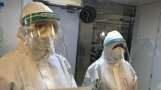 Personal de salud en la lucha contra el coronavirus, en el Hospital Kaplan, en Rehovot.