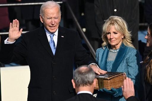 El momento en que Joe Biden juró como el 46º presidente de Estados Unidos.