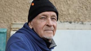 Petrov vive hace 14 años en Israel y sus ingresos son exiguos.