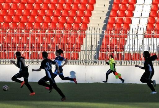 Hanine Abou Mariam durante un partido entre mujeres.