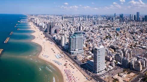 Playas, bares y cafés: la oferta de Tel Aviv para trabajadores itinerantes.