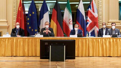 Diplomáticos de la Unión Europea, China, Rusia e Irán se reunieron para dialogar sobre un posible regreso de Estados Unidos al acuerdo nuclear.