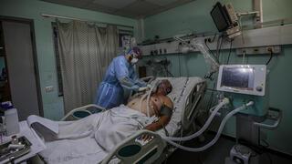 Los hospitales en Gaza están al máximo de su capacidad.