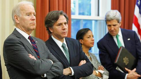 Joe Biden junto a su secretario de Estado, Antony Blinken.