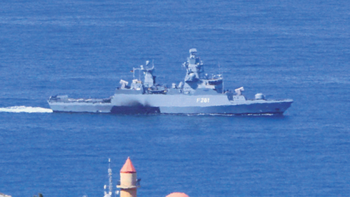 Un barco israelí cerca de la frontera marítima en disputa.