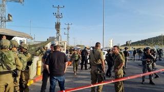 El ejército lanzó una persecución de los terroristas.