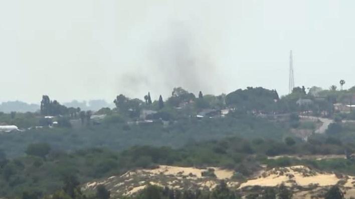 Escena del ataque con un misil antitanque en la frontera norte de Gaza el miércoles por la mañana.
