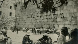 Los israelíes pudieron visitar al Muro de los Lamentos recién en 1967, tras la reunificación de Jerusalem.