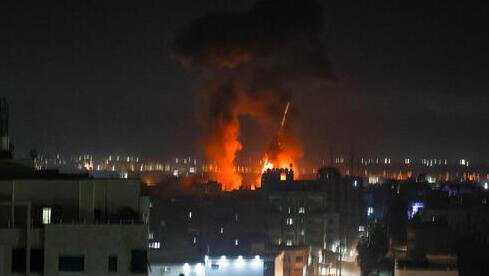 Ataque del Ejército de Israel en Gaza el miércoles en la madrugada.