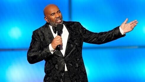 El comediante Steve Harvey será el presentador del evento.