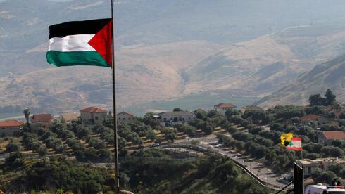 Una bandera palestina en el sur del Líbano, cerca de la frontera con Israel.