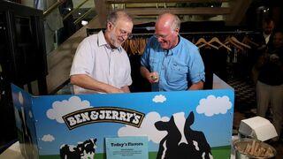 Los fundadores de Ben & Jerry's, Jerry Greenfield (izquierda) y Ben Cohen, durante un evento en Washington en 2019.