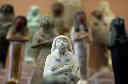 Figurillas egipcias.