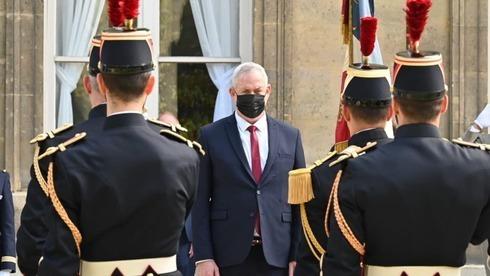 El ministro de Defensa Benny Gantz en París antes de su reunión con su homóloga francesa Florence Parly.