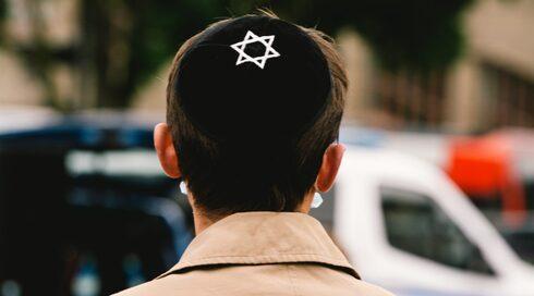 Ataque antisemita a un joven judío en Alemania.