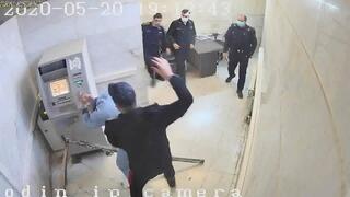 Imágenes del video que muestran los maltratos en una prisión iraní.