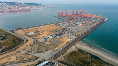 El nuevo puerto de la bahía de Haifa.