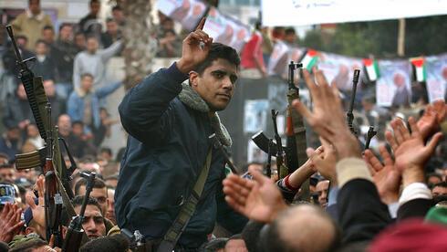 Zakaria Zubeidi en 2004, uno de los seis fugitivos que escaparon de la penitenciaría de Gilboa.