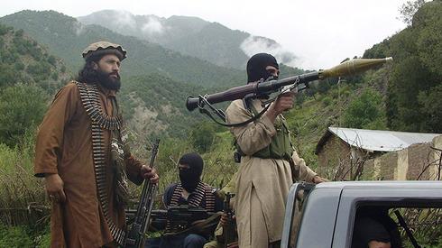Combatientes pastunes talibanes.