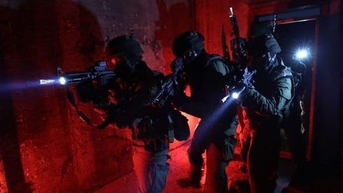 Policía de Fronteras en la ciudad de Jenin, en el norte de Cisjordania, durante la redada del domingo.