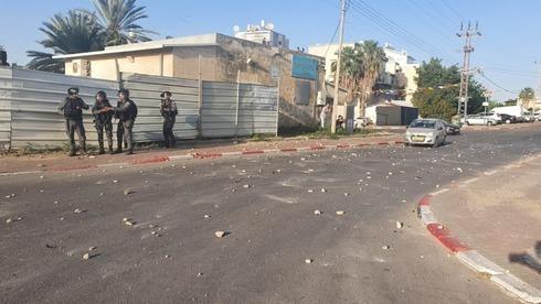 Policías israelíes durante los disturbios de mayo en Lod.