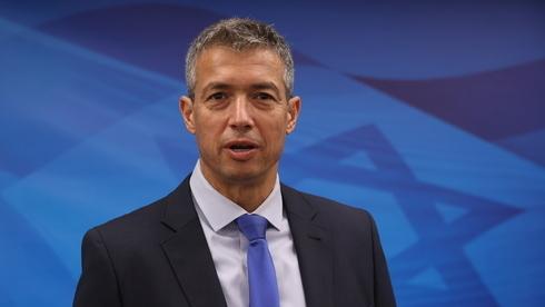Ministro de Comunicaciones Yoaz Hendel.